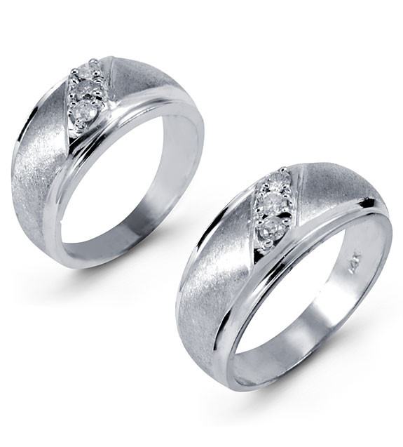Cherish Her Forever In Your Heart With This Two Piece Wedding Set Its Bride Ring