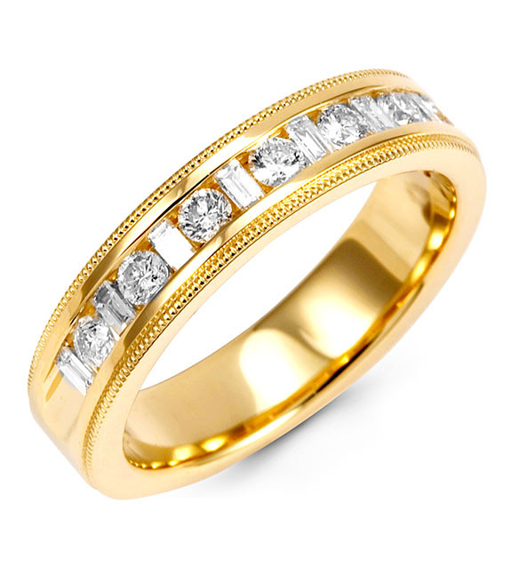 This Solid Gold Diamond Ring